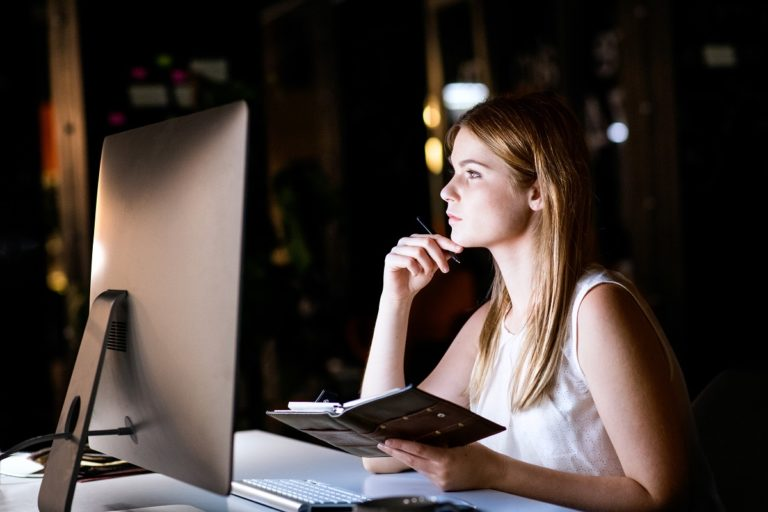 woman using desktop